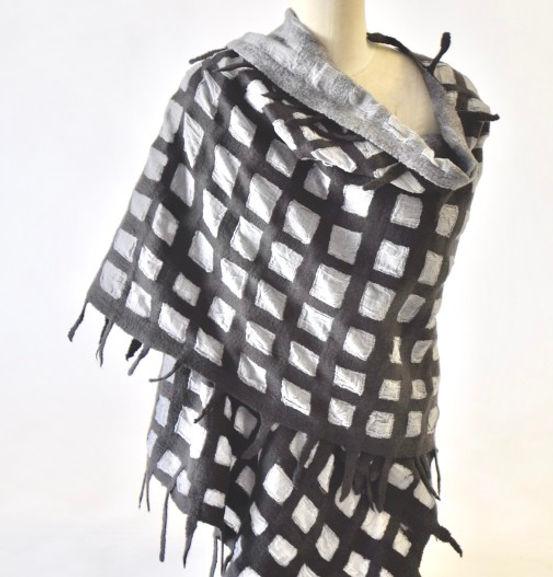 Grid-and-Cotton-Shawl-505x527.jpg