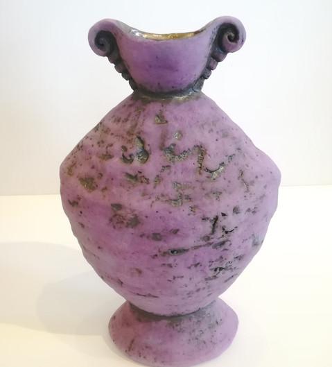 Anna van der Linde. Ceramic vessel. 37cm high. R4300
