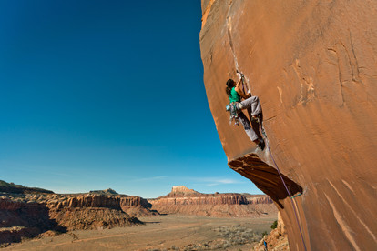 Crack climbing pictures