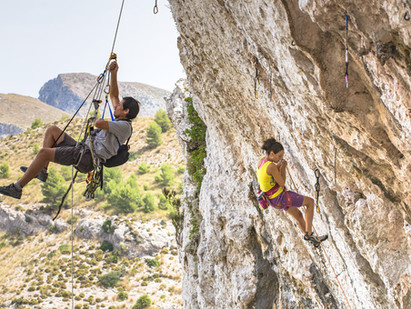 ENJOY THE PAIN_Behind climbing videos