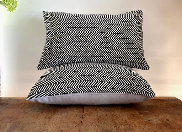 Black and cream chevron cushion cover 30x50cm