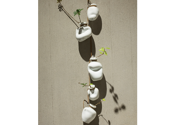 Spin Green White 5 pots wall hanging