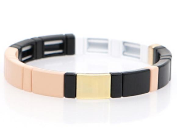Black, white, gold, peach arrow enamel beaded bracelet