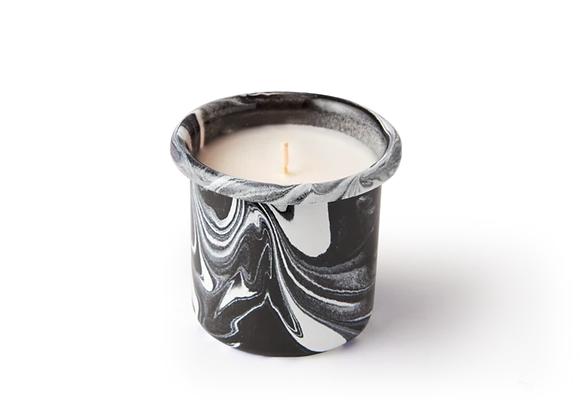 Bornn Oud Wood Candle