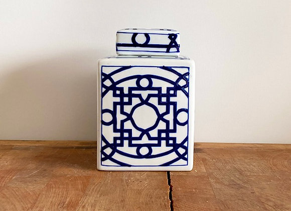 Small classic blue and white Ginger jar