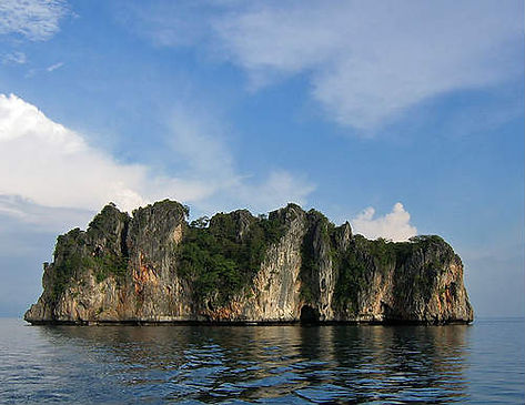 Дайвинг на Пхукете с Andaman Coast Dive College на острове Ко Док Май