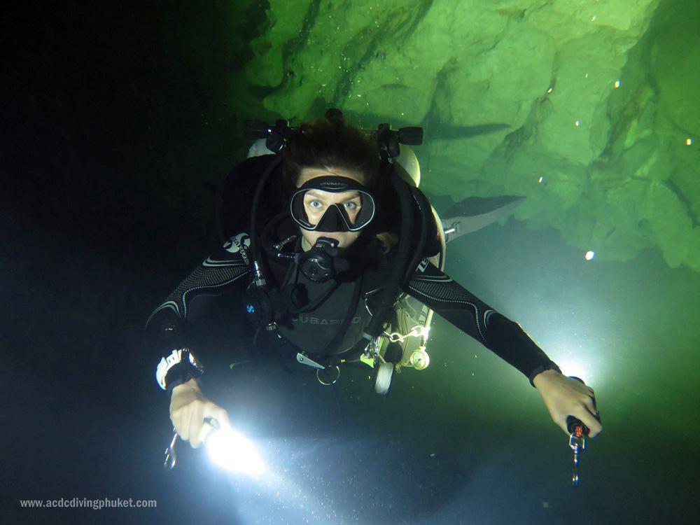 Дайвинг в пещере Сонг Хонг, Таиланд