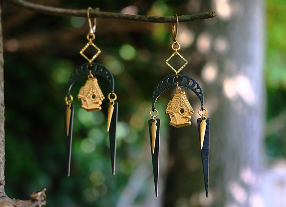 Baba Yaga - Boucles d'oreilles lunaires, laiton