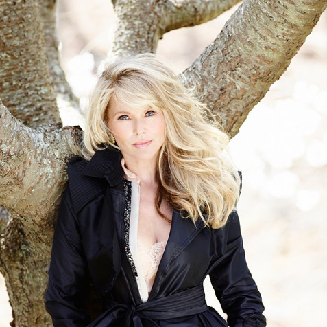 Christie Brinkley Social Life Magazine