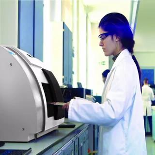 TRS100 Quantitative Pharmaceutical Analysis System