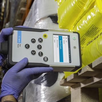 Vaya Handheld Raman Spectrometer for Raw Material Identification