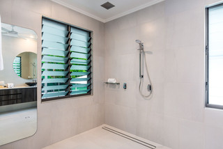 Master bedroom ensuite with rail shower and in roof rain shower