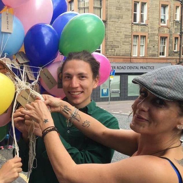 Smiles nad ballons.jpg