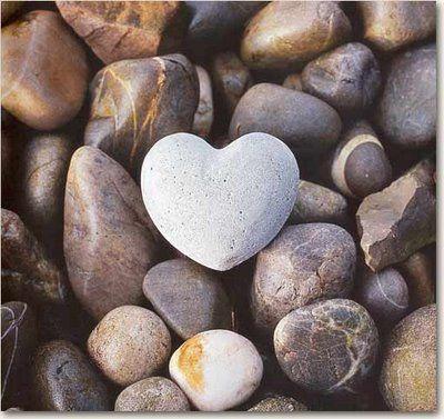 c14cce7a7b40e936620bdeb85332a11f--heart-