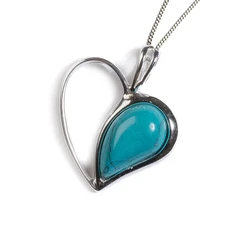 HALF LOVE HEART NECKLACE IN SILVER AND TURQUOISE