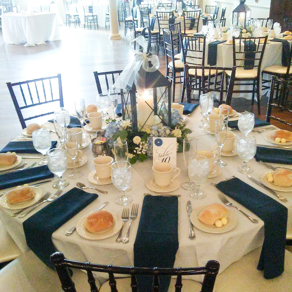 winter weddings - navy & white color theme, lantern reception decoration