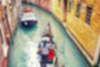 Italy_Venice_Gondola-with-gondolier.jpg