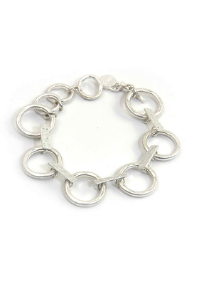 Envy Statement Silver bracelet with Ring Links