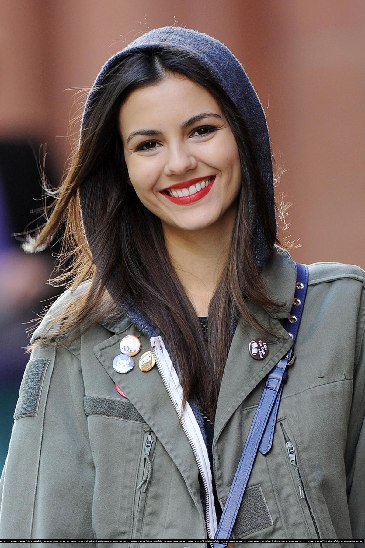 VICTORIA JUSTICE- NO KISS LIST