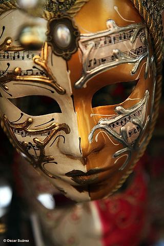 venetian-mask_14962268428_o.jpg