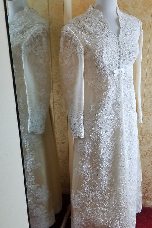 1970s Bridal Gown Ivory Beaded with Train