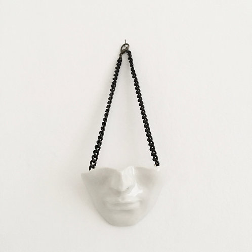 A Máscara caiu - porcelana