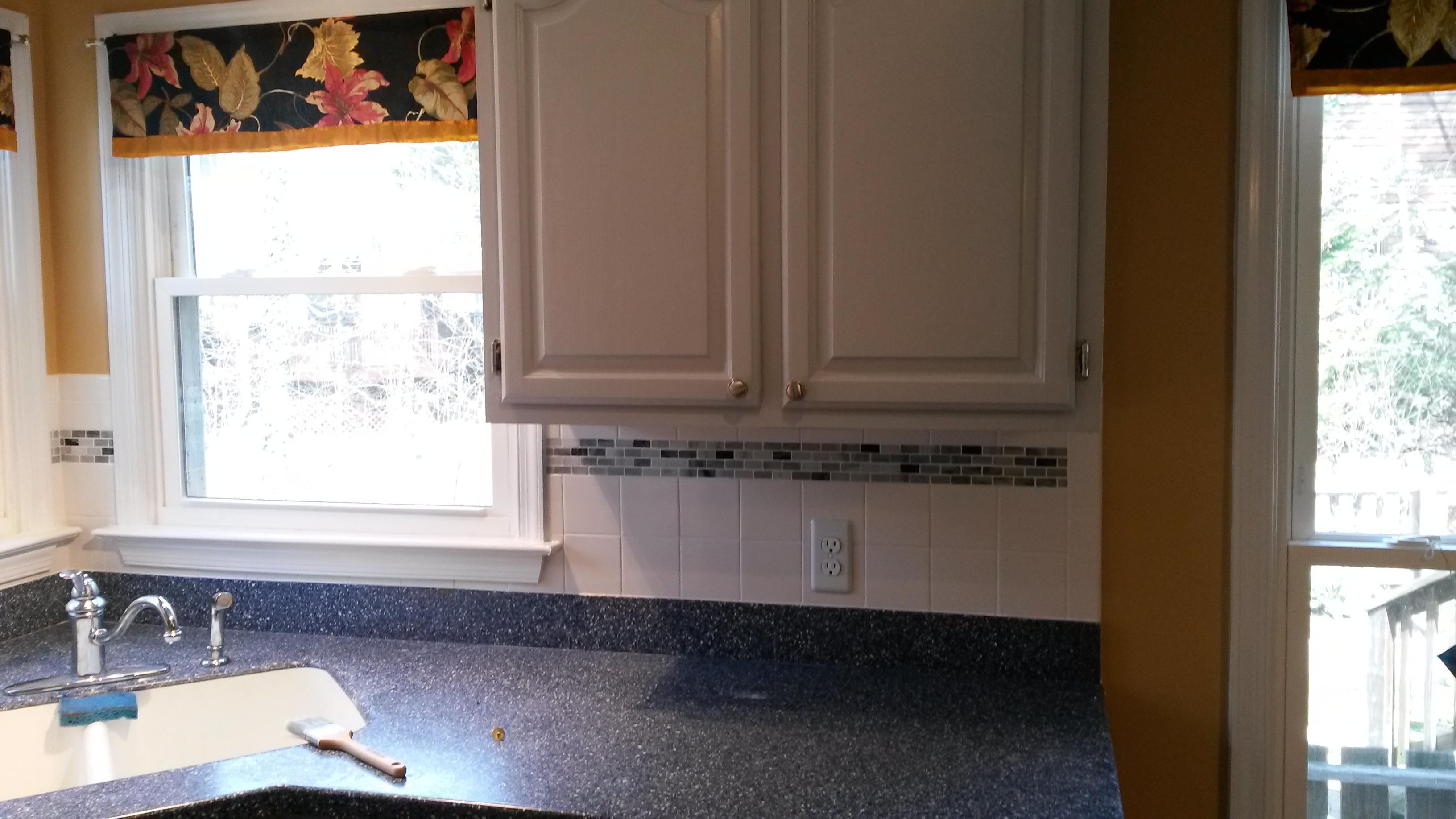 tile back splash installation.jpg