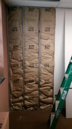 office wall-door-closet sound proofing_edited.jpg