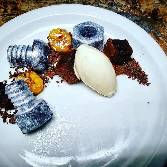 CHOCOLATE AND BANANA