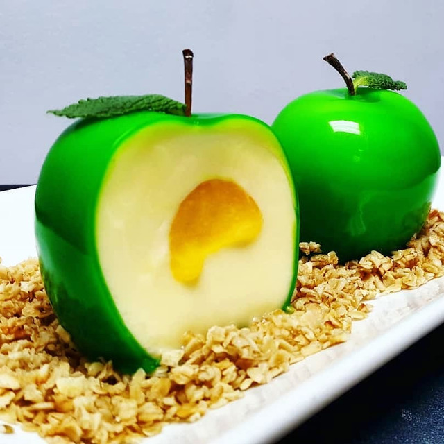 COLD APPLE CRUMBLE