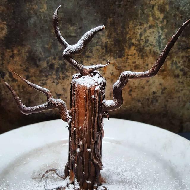 CHOCOLATE AND MAPLE BROWNIE TREE