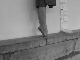 Procura-se função para pés de bailarina