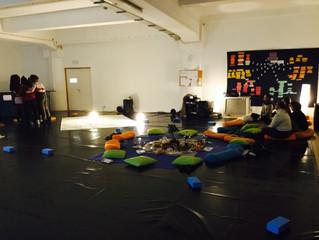 Aula no Fórum Dança - Curso Dança na Comunidade