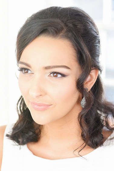 Natural 60's Inspired Bridal Hair & Makeup