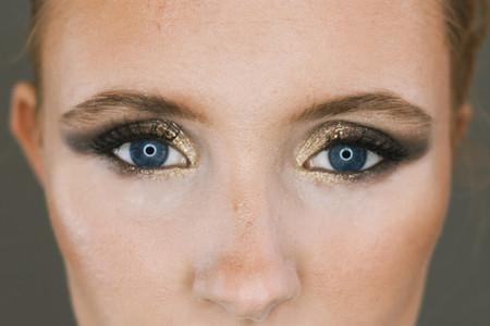 Grey Smokey Eye & Shimmer