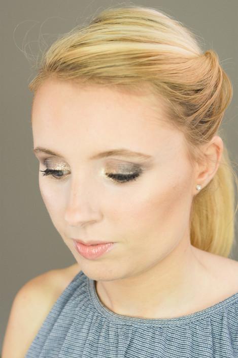 Grey Smoky Eye & Shimmer