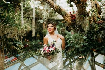 Boerne Wedding Photographer | Snap Chic Photography | Night Portrait | Snap Chic Photography | San Antonio Wedding Photographer | Hill Country Wedding Photographer | San Antonio Botanical Gardens Wedding