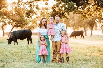 Boerne Family Photographer | Boerne Photographer | Boerne Portrait Photographer | Kate & Chad Cooley | Snap Chic Photography