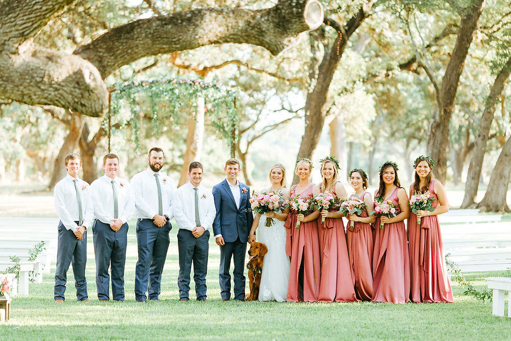 The Oaks at Boerne Wedding | Snap Chic Photography | Boerne and San Antonio Wedding Photographer | Wedding Party Photo with Dog