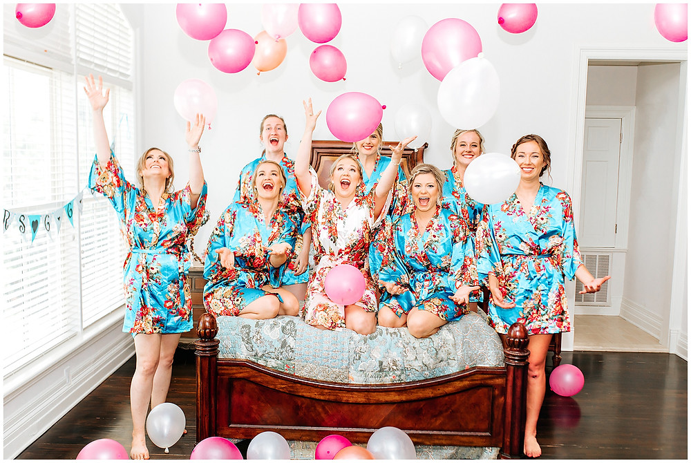 wedding balloons, snap chic, Kate roy, boerne wedding photographer, San Antonio wedding photographer, bridal robes, Riven Rock Ranch Wedding, Fun Wedding Photo Ideas, Pink Wedding Balloons, San Antonio Wedding Photographer