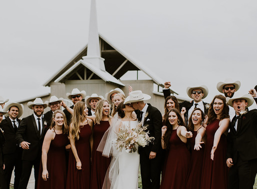 New York Meets Texas at The Allen Farmhaus | Callie & Rob Wedding | New Braunfels, TX