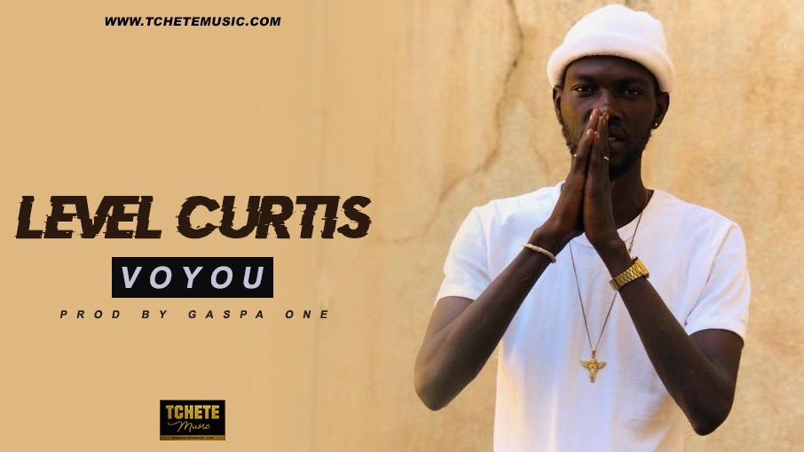 LEVEL CURTIS - VOYOU