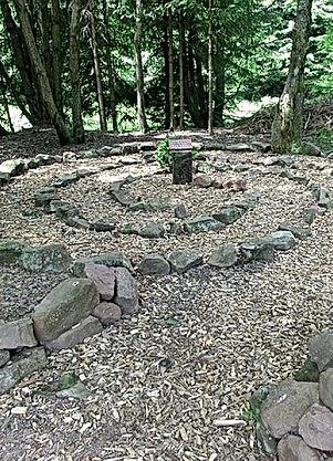 labyrinth-1154846_640_opt.jpg