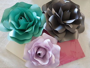 Paper Rose DIY Party