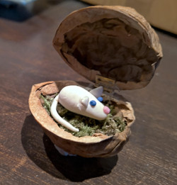 Mick's mouse in walnut