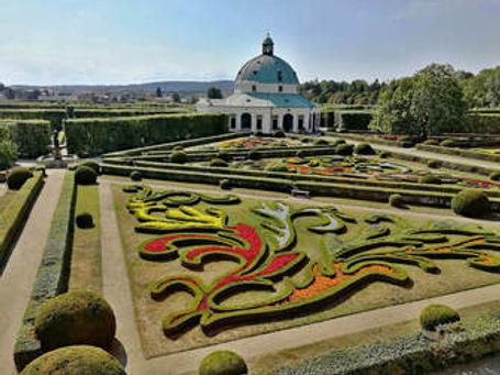 kromeriz-gardens-in-czech.jpg