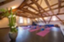 yoga-circle-studio-zurich.jpg