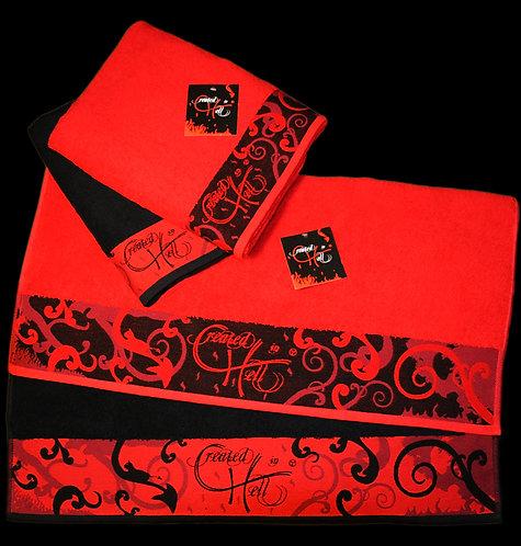 """Handtuch & Duschtuch der Designermarke """"Created in Hell"""""""