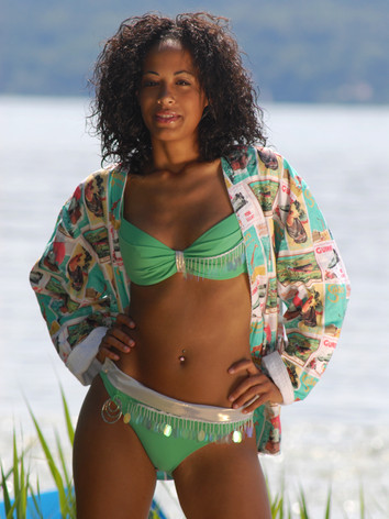 Bikini mit Jacke von Claudia Hagn