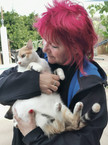 Katzenfreundin Traudel holt ihre Katze a